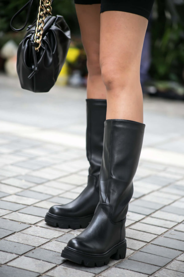 Μπότα casual με τρακτερωτή σόλα - Μαύρο